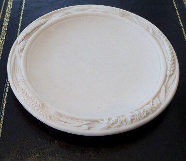 Parian_ware_bread_platter_as313a022b 2